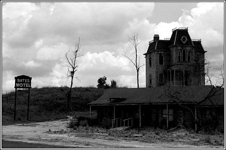 norman-bates-motel.jpg