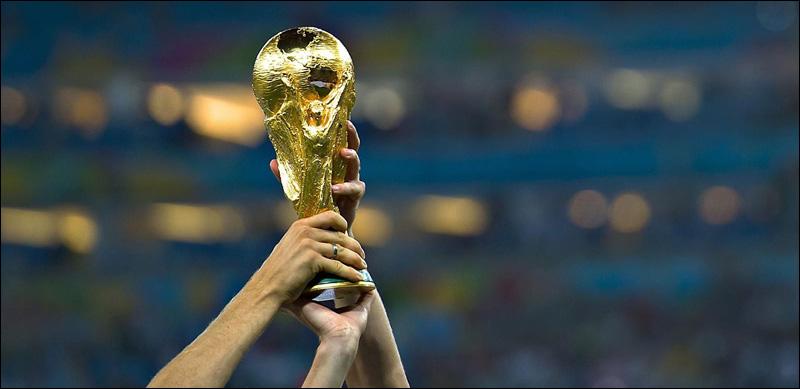 Soulever la coupe du monde